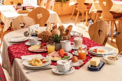 Frühstücksbuffet im Haus Reichelt